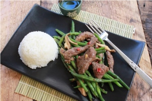 Stir-Fry Beef with Green Beans & Mushrooms